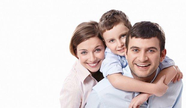Чоловік не приділяє уваги дитині: що робити?