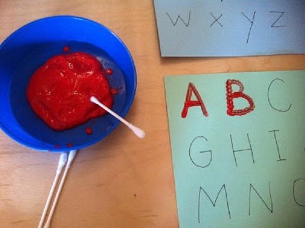 Розвиваючі монтесорі-ігри для дітей 3-6 років. Письмо