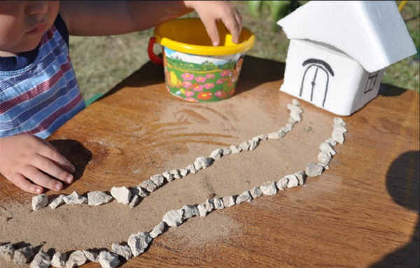 Розвиваючі монтесорі-ігри для дітей 0-3 років