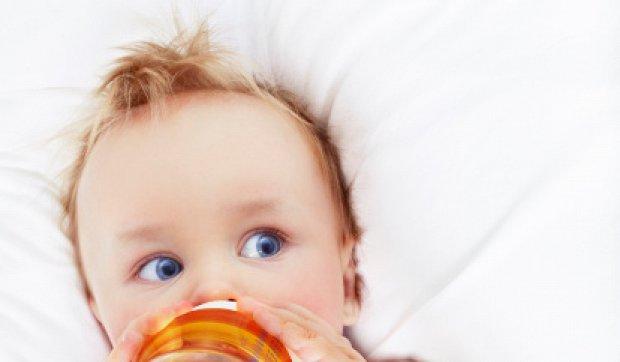 Мед і чай в раціоні немовляти