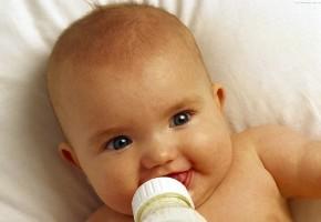 Прикорм дитини на грудному вигодовуванні