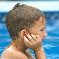 Що робити якщо у вухо потрапила вода