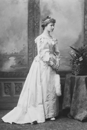 Принцеса Аліса Гессенська (Імператриця Олександра Федорівна) 1887