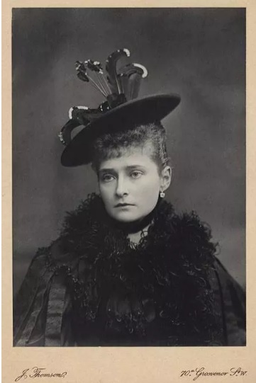 Портрет Олександри Федорівни. Фото: архів ГАРФ
