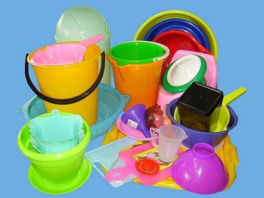 Як і чим склеїти пластмасу
