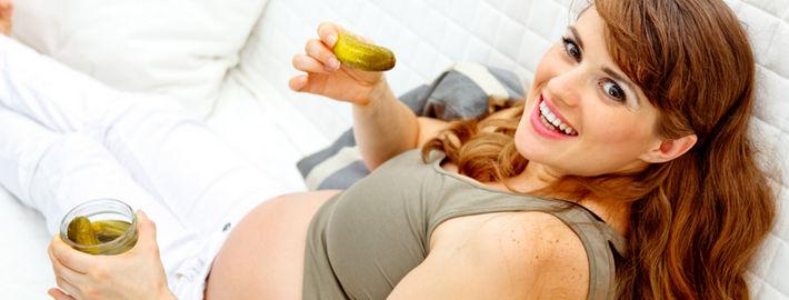 Чому майбутня мама хоче соленого під час вагітності